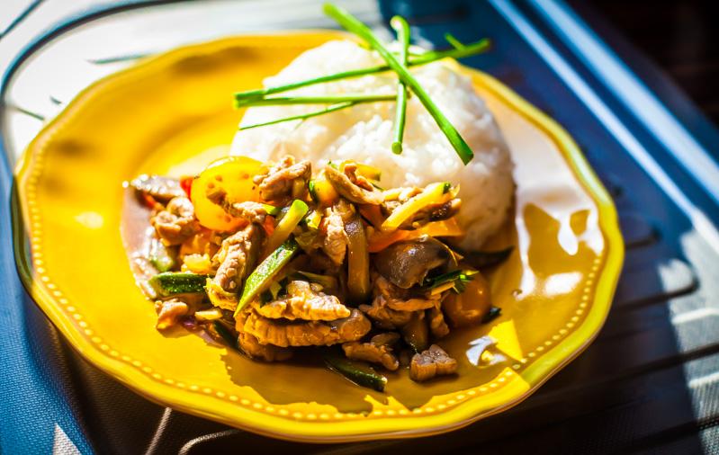 One More thai_wieprzowina-z-warzywami-w-sosie-ostrygowym