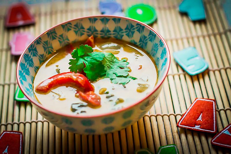 One More Thai - mleko kokosowe w zupie tajskiej