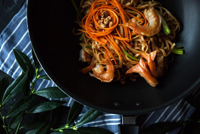 makaron potajsku zkrewetkami iorzechami ziemnymi one more thai