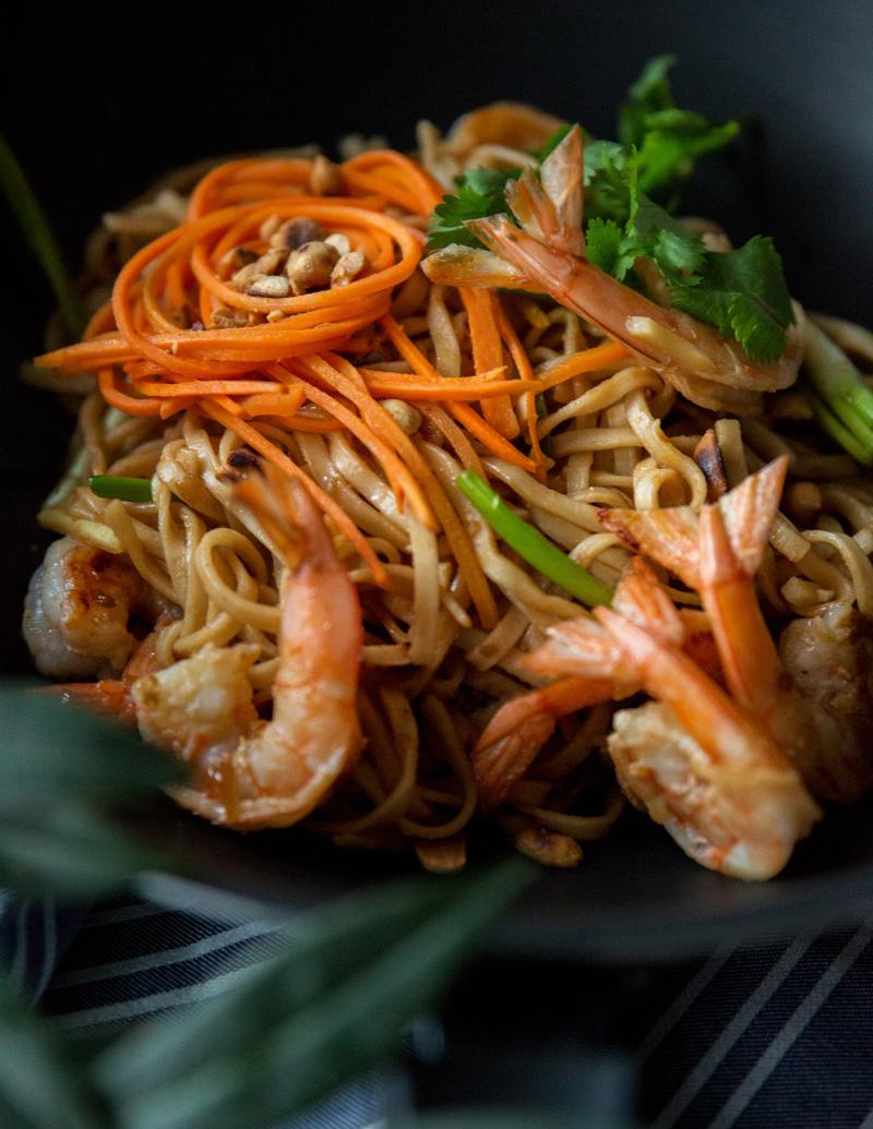 makaron potajsku zkrewetkami iorzechami ziemnymi one more thai 1a